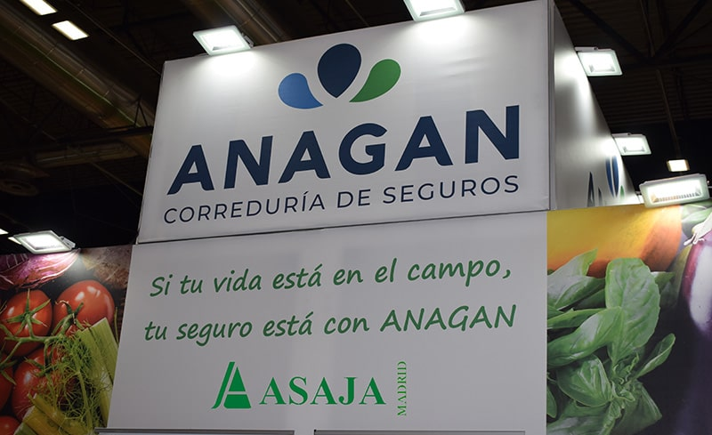 Firma colaboración Asaja Madrid con Anagan en Fruit Attraction 2019